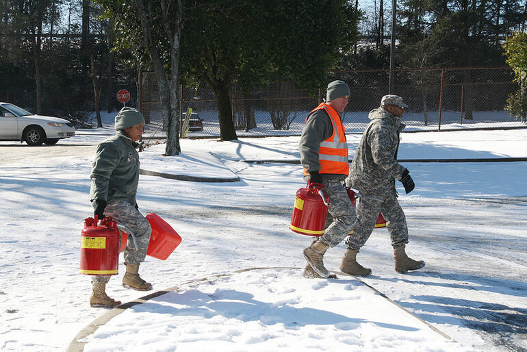 Georgia National Guardsmen deliver fuel to stranded motorists